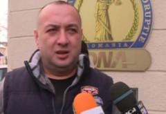 Leo de la Strehaia a fost reţinut, fiul său e căutat de poliție: Leo va fi dus în fața judecătorilor cu mandat de arestare preventivă