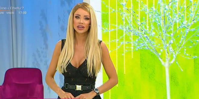 """Bianca Dragusanu, aparitie supersexy! Si-a luat din Italia cizme de cauciuc de 500 de euro! """"Iubi a avut treaba cu baietii"""""""