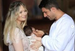 Laura Cosoi a publicat prima fotografie cu chipul fetiței sale! Cât de frumoasă este Rita