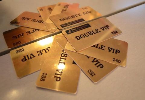 Vino sa-ti iei cardul Double VIP de la Deea Body Center!
