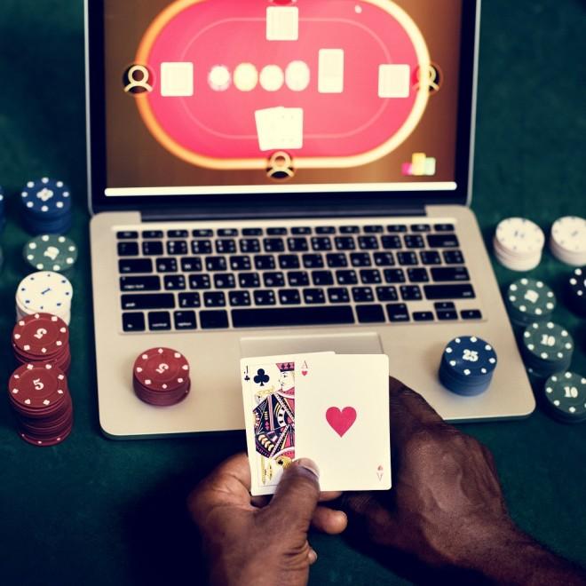 Cazinouri inchise in Prahova! 3 motive pentru care sa joci de acasa