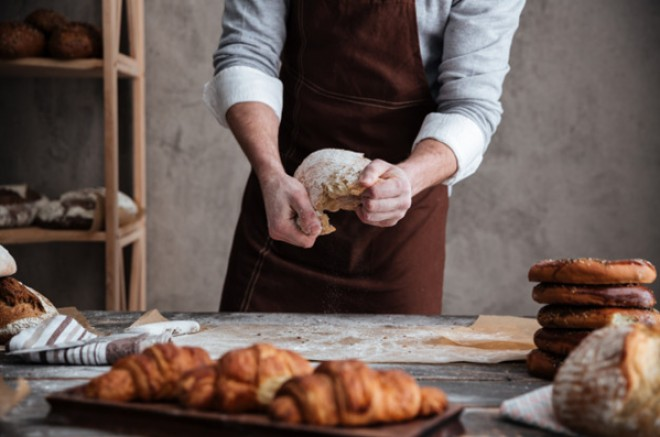 Ce trebuie sa stii daca vrei sa faci paine acasa
