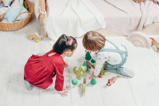 Top 3 tipuri de activități distractive pentru copilul tău în primii ani de viață