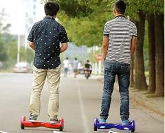 """Noua """"fitza"""" de la Hollywood a ajuns si in Romania! Smart Balance Wheel, aparatul care te duce la scoala sau te plimba prin parc, se gaseste acum si pe Cloe.ro"""