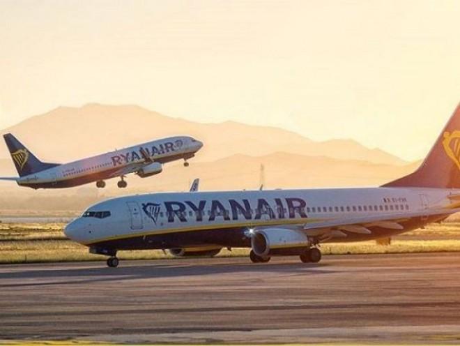 Ryanair vinde bilete ieftine din România către mai multe destinații din Europa. Prețurile pornesc de la 4,99 euro
