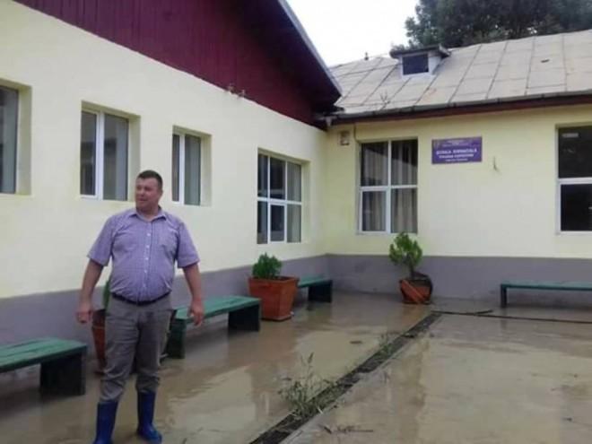 Prefectura Prahova: Viceprimarul din Gura Vitioarei a fost schimbat din funcție ILEGAL