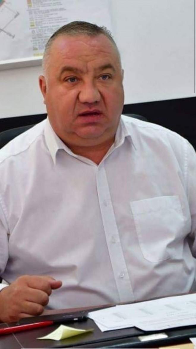 Viceprimarul Cristi Ganea a castigat o batalie importanta cu primarul Adrian Dobre si unii consilieri locali