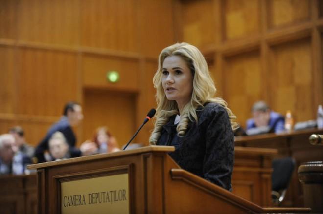 Ce spunde deputatul Laura Moagher despre modificarile aduse Legii impotriva evaziunii