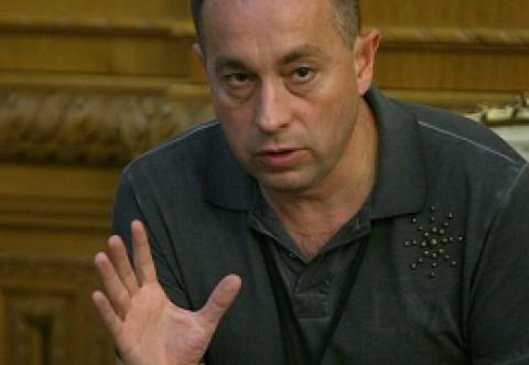 Tolontan: Când Parlamentul nu își dădea avizul pentru arestarea politicienilor, era rău! Dar CSM e bun când refuză arestarea procurorilor DNA?!
