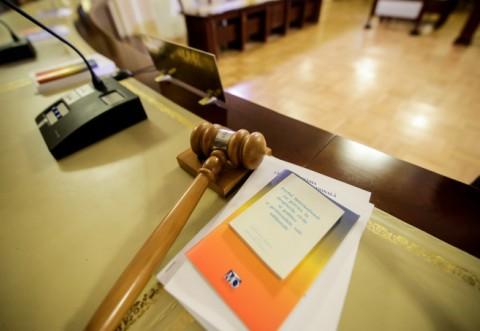 CCR : Exista conflict între MP şi Parlament pe tema protocoalelor cu SRI