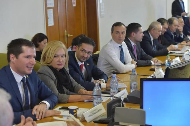 Au inceput dezbaterile in Camera Deputatilor. Parlamentarii prahoveni sustin bugetul pe 2019