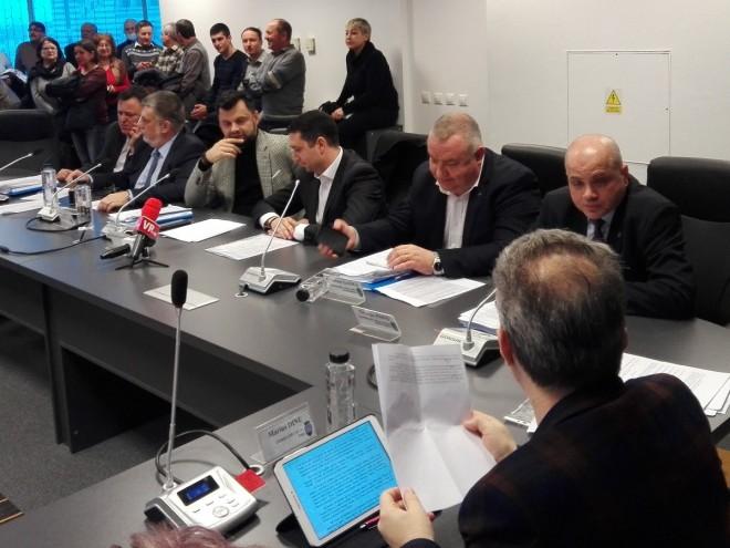 """Viceprimarul George Pană, despre preluarea terenului de pe Torcători: Iată încă o """"petardă"""" aruncată de primarul Dobre"""
