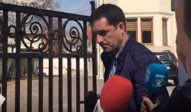VIDEO: Alfred Savu a fugit de la ancheta cu un taxi!