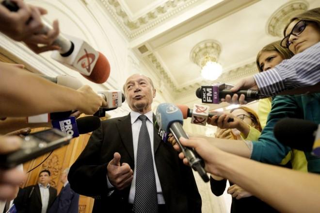 """Băsescu, la Ploiesti: """"Prezenţa la alegeri va fi 35%. Riscul ratării referendumului este mare"""""""