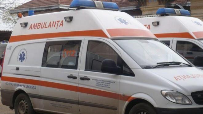 Incident intr-o sectie de votare din Ploiesti. Un membru al comisiei a facut o criza convulsiva si a ajuns la spital