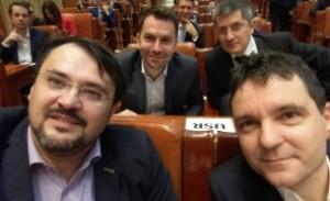 Cum și-a 'trădat' Cristian Ghinea colegii din opoziție: dovada că a evitat votul la moțiunea de cenzură