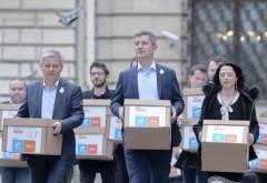 Afacerile cu statul ale USR-istului acuzat de trădare! Finanțări anuale pentru unul dintre 'băieții deștepți' ai Guvernului Cioloș