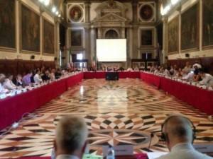 Lovitură de teatru! Comisia de la Veneţia sugerează consolidatea SIIJ