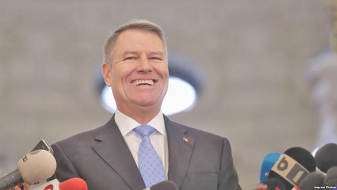 Klaus Iohannis a plecat înapoi la mare imediat după declaraţia de presă de la Cotroceni