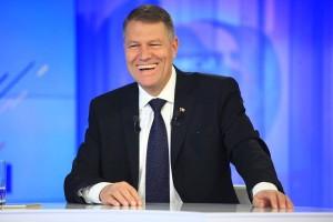 Klaus Iohannis, contrazis de Constituţie: Preşedintele trebuia să numeasă miniştri interimari