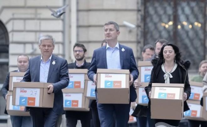 """Un inginer din Ploiesti pune tunurile pe USR: """"USR e un PSD albastru"""""""