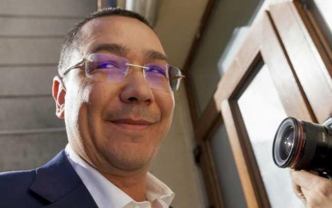 Istoria trădărilor lui Victor Ponta: de la Adrian Năstase la Tăriceanu