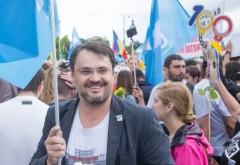 """Cristian Ghinea (USR), atac la Iohannis: """"Nu mai vreau un președinte care să lase societatea în offside"""""""