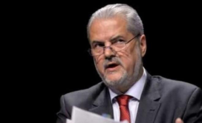 "Ce spune Adrian Nastase despre ""sobolanii tradatori din PSD"""