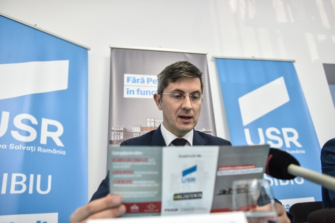 USR, anunt OFICIAL: Taiem pensii, salarii si concediem bugetari