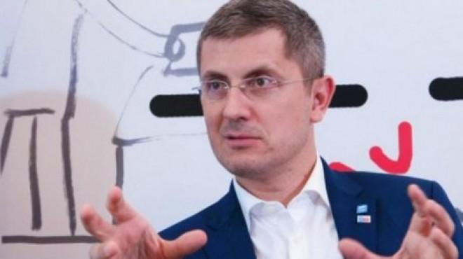 Gabriel Dalea (Alternativa Dreapta), despre Barna: Nu mai prinde nici locul 3 la prezidențiale si va fi debarcat de la sefia USR