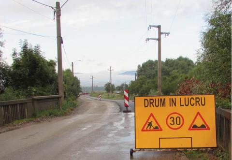 Zeci de drumuri locale din comuna Tomşani vor fi asfaltate