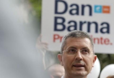 BUBUIE circul în USR: soția lui Dan Barna i-ar fi făcut pe membri c***ți!