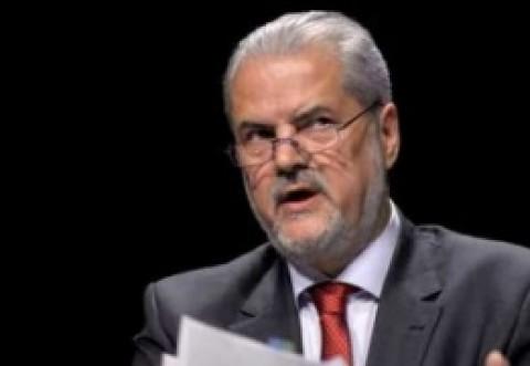 Adrian Năstase îi explică lui Klaus Iohannis de ce trebuie să accepte dezbaterea: și eu am avut probleme cu Băsescu