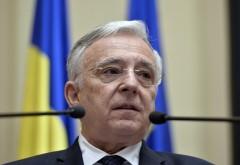 """Isarescu: """"Nu mai speriaţi România: Economia nu este nici în prăpastie, nici la marginea prăpastiei!"""""""