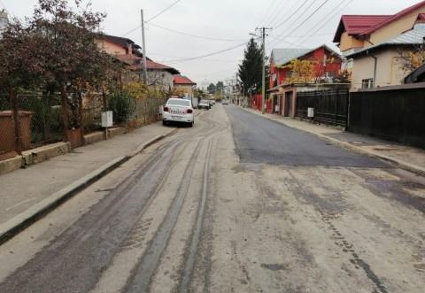 Vai de capul si zilele noastre! La Ploiesti, ca pe vremea lui Ceausescu: primarul Dobre matura strazile si asfalteaza de zor pentru vizita lui Iohannis