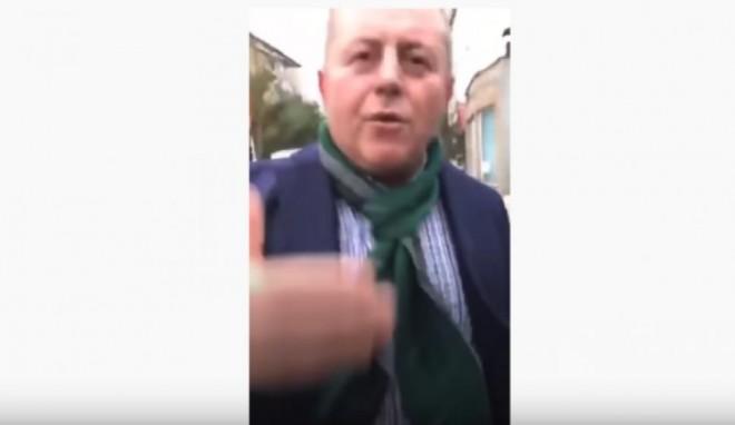 VIDEO/ Momentul cand primarul PNL al Balșului bate un tânăr pe stradă. Politia il audiaza pe nemernic