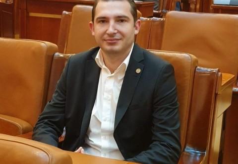 "Deputatul Razvan Ursu: ""ANRE a amendat Distrigaz pentru nereguli descoperite in Prahova"""