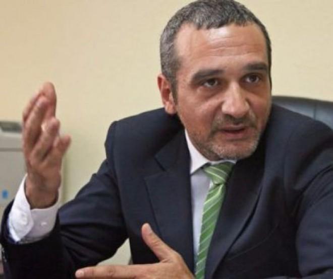 Sebastian Lăzăroiu: Actualul ministru al Educației a fost aleasă tocmai pentru că este făcută grămadă