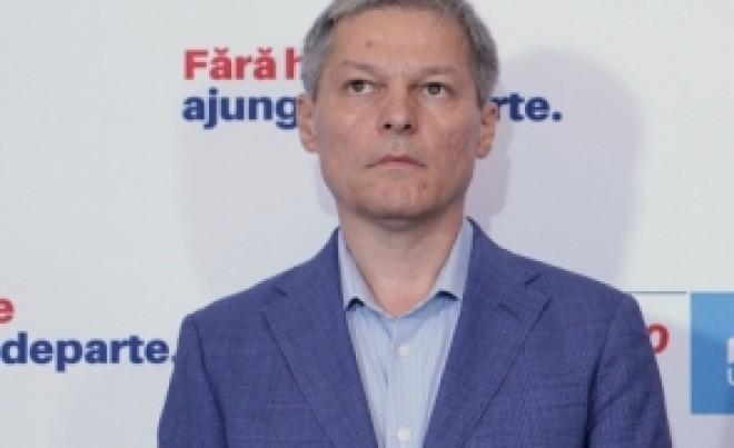 Ciolos, atac la Iohannis si PNL. Cere schimbarea ministrului Educatiei, Monica Anisie