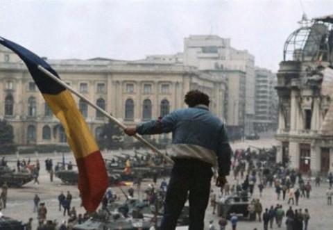 """""""A fost sau nu a fost Revoluție?"""" Iliescu despre """"imperialismul american"""" și Moscova"""