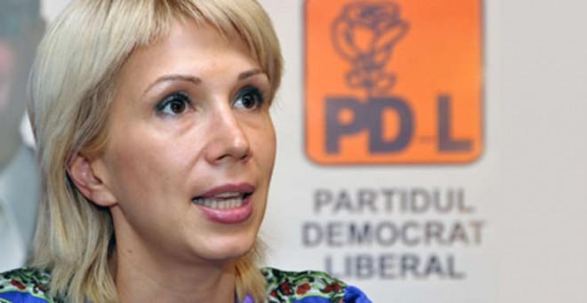 Gata, intra in scena PDL-ul! Tabere anti-Orban în PNL. Raluca Turcan vrea să reactiveze vechii PDL-iști