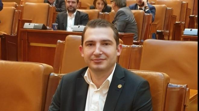 """Deputatul PSD Razvan Ursu: """"Se simplifică procedura de branşare şi scade nivelul minim al amenzilor"""""""