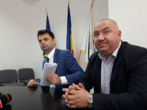 Scandal privind intenţia de reînfiinţare a echipei de fotbal la CSM Ploieşti. Vezi declaraţiile primarului Dobre şi viceprimarului Ganea!