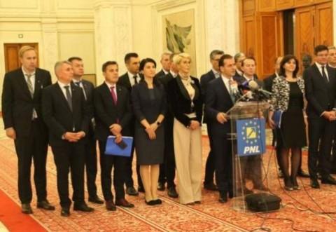 HOTILOR!!! Guvernul Orban 2 ia combinezoane de protecție de la un 'BUTIC' on-line