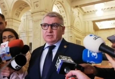 Ei tin cu bãncile, nu cu românii! PNL atacă la CCR legile privind amânarea plății ratelor bancare și suspendarea plății la utilități