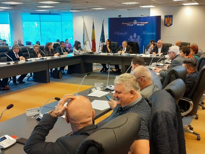 Consilierii PSD Ploieşti propun facilităţi pentru terase şi restaurante
