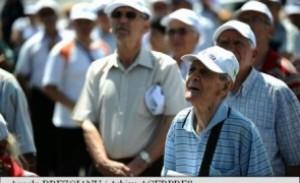 Asociațiile de pensionari ies la atac, după ce Guvernul a anunțat că NU vor fi mărite pensiile cu 40%