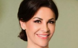 Medicul Adina Alberts PUNE întrebarea aflată pe buzele tuturor românilor: De ce partidele continuă campania electorală, dacă infectările cresc