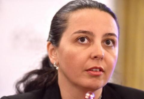 Laura Ștefan: Statul a pierdut controlul asupra crimei organizate. Sunt zone în care puterea e în mâna clanurilor mafiote