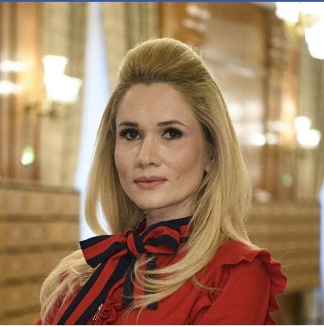 """Povestea nestiuta a Laurei Fulgeanu-Moagher (PSD Prahova): """"Un eveniment din viata mea m-a transformat total"""""""